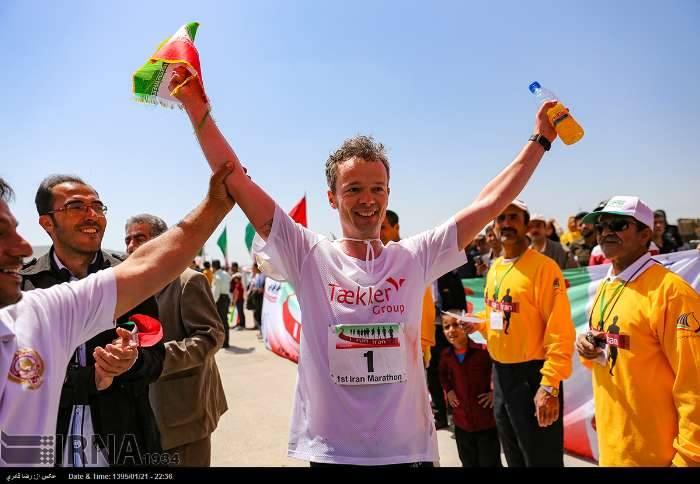 I_run_Iran_03